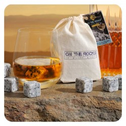 12 clear-coloured Sidobre granite ice cubes